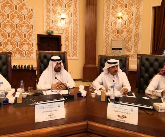 عميد شؤون الطلاب يشارك في الاجتماع السادس عشر لعمداء شؤون الطلاب بالجامعات السعودية