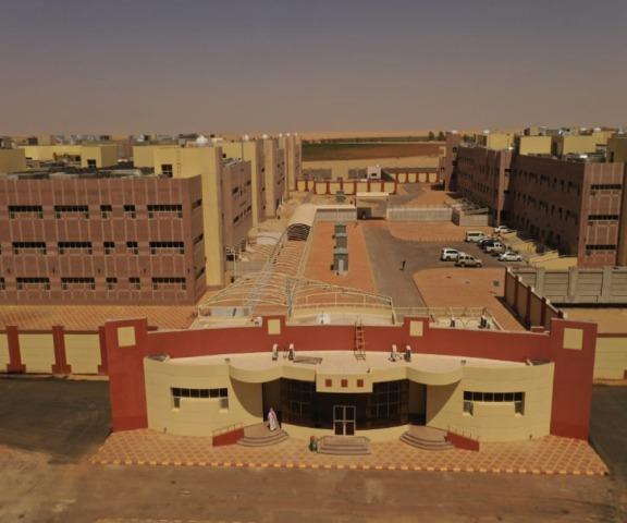 انتقال كلية العلوم والآداب وكلية العلوم الطبية التطبيقية بوادي الدواسر ( قسم الطالبات ) للمبنى الجديد شرق المحافظة