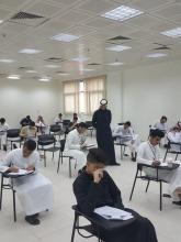 عميد كلية هندسة وعلوم الحاسب يتفقد سير عملية الإختبارات النهائية للفصل الدراسي الأول