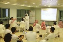 """ضمن فعاليات الملتقى الصيفي الجامعي الثاني ... د.حمد القميزي يقدم دورة بعنوان """"تحفيز الذات"""""""