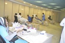 """تحت عنوان """"قطرة دم ... تنقذهم"""" نادي الإسكان الطلابي ينظم حملة للتبرع بالدم"""